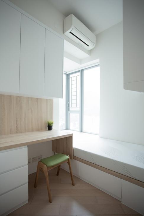 Small Room 04.jpg