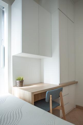 Mid Room 02.jpg