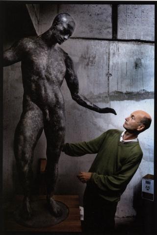 beeldhouwer philip van isacker