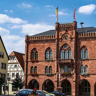 Rathaus Tauberbischofsheim nur wenige Gehminuten entfernt