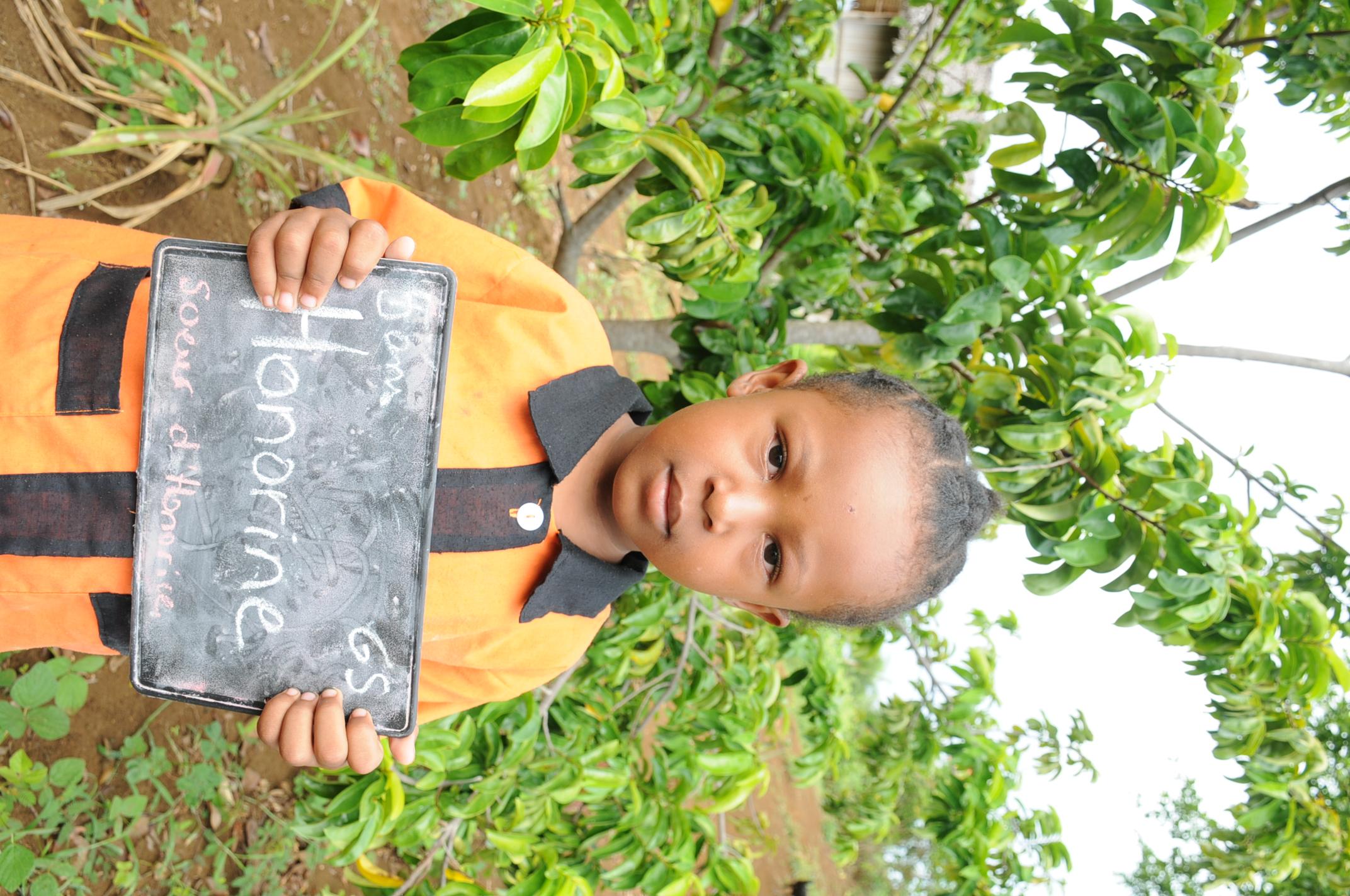 école pour tous, Madagascar