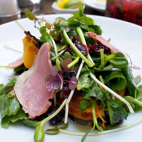 Smoked Duck Breasts with Mango Salad (香芒鸭脯沙拉)