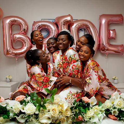 THE BRIDESMAID HUG