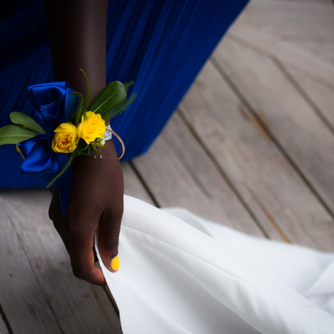 THE MAID OF HONOR HAND
