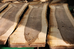 Walnussholz kaufen Schnittholz Holzbrett Lagerung