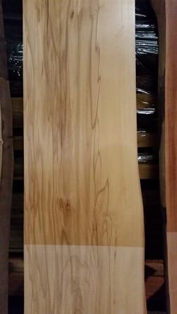Rotbuche gedämpft mit Kern: edles Holz