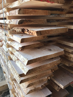 Zirbenholz Schnittholz Holzlager