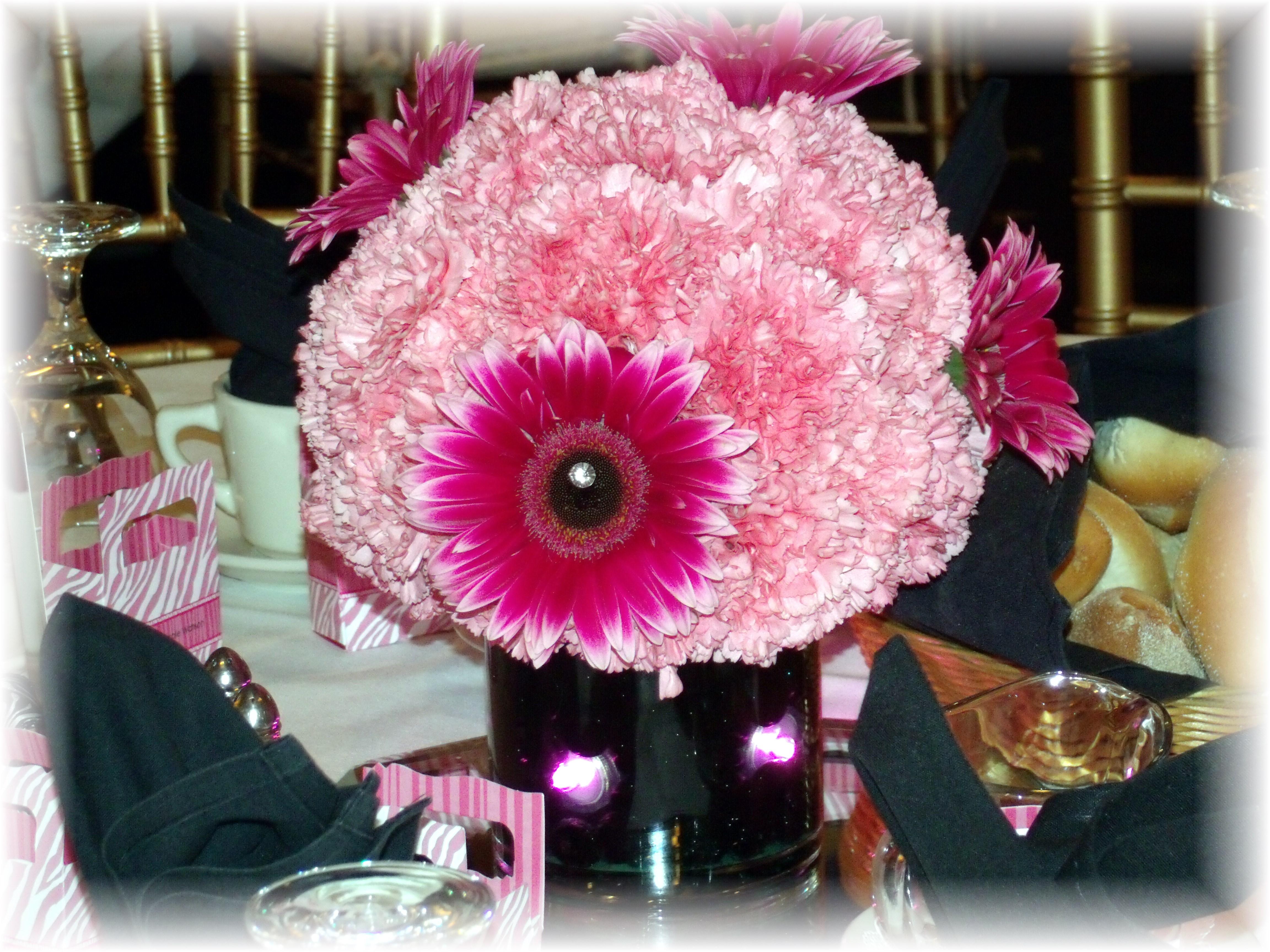 Carnation & Gerbera daisy centerpiec