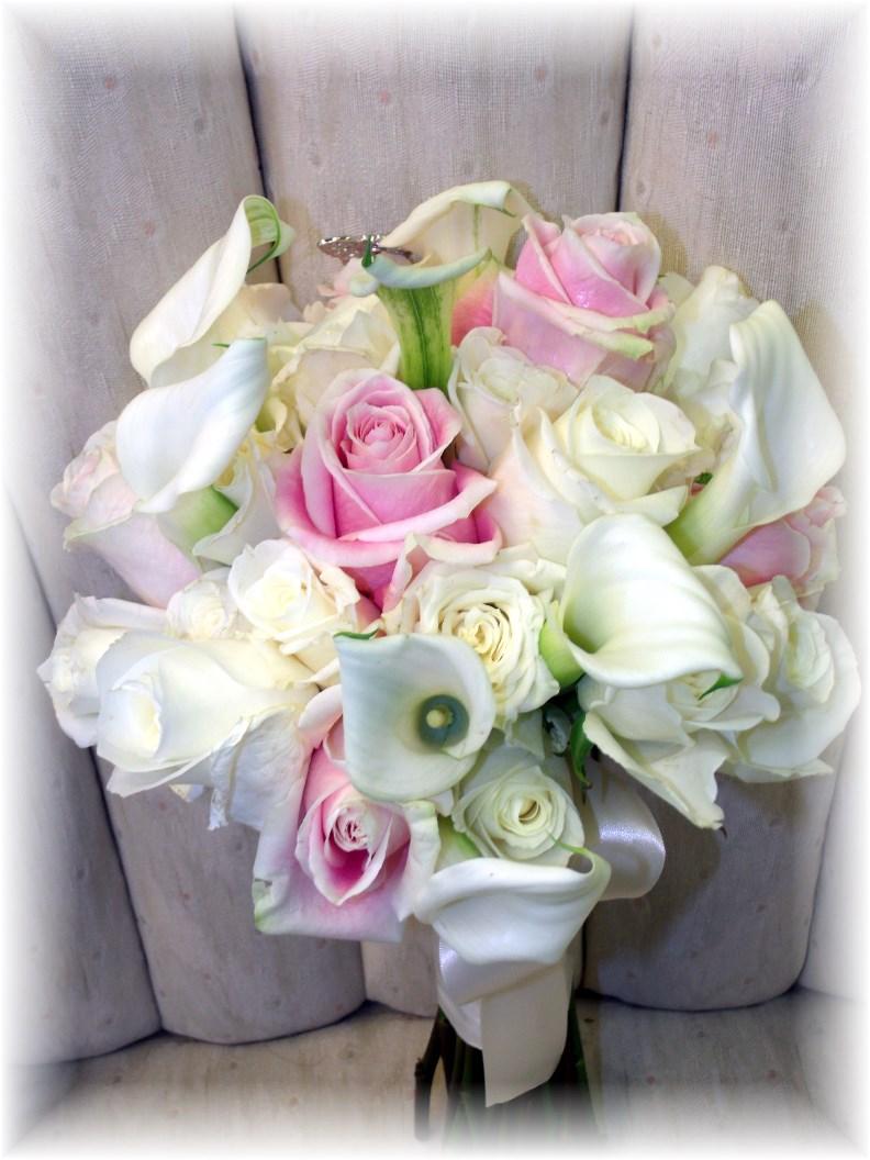 Roses & Calla lilies