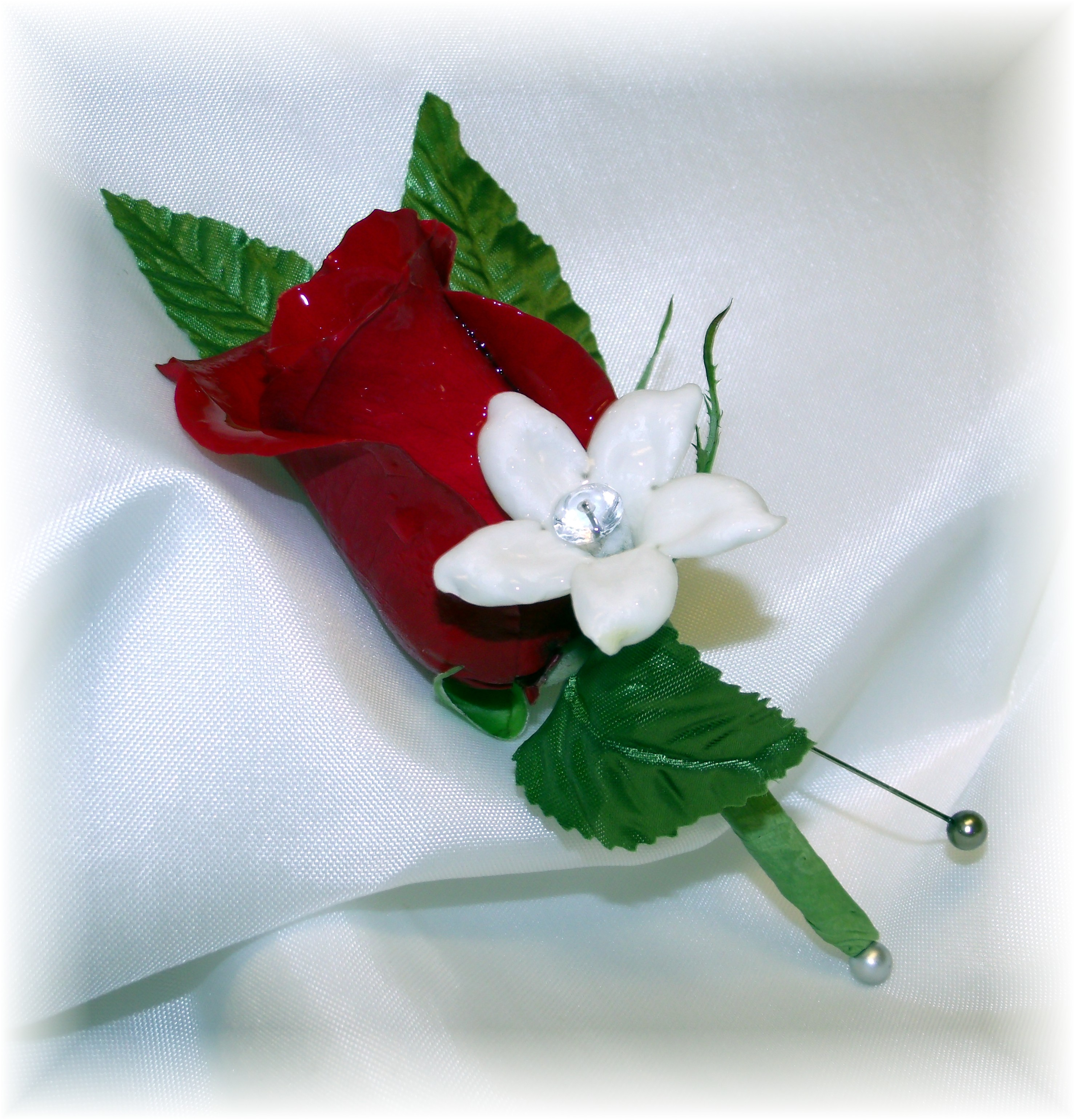 Red Rose Boutonniere & Stephanotis