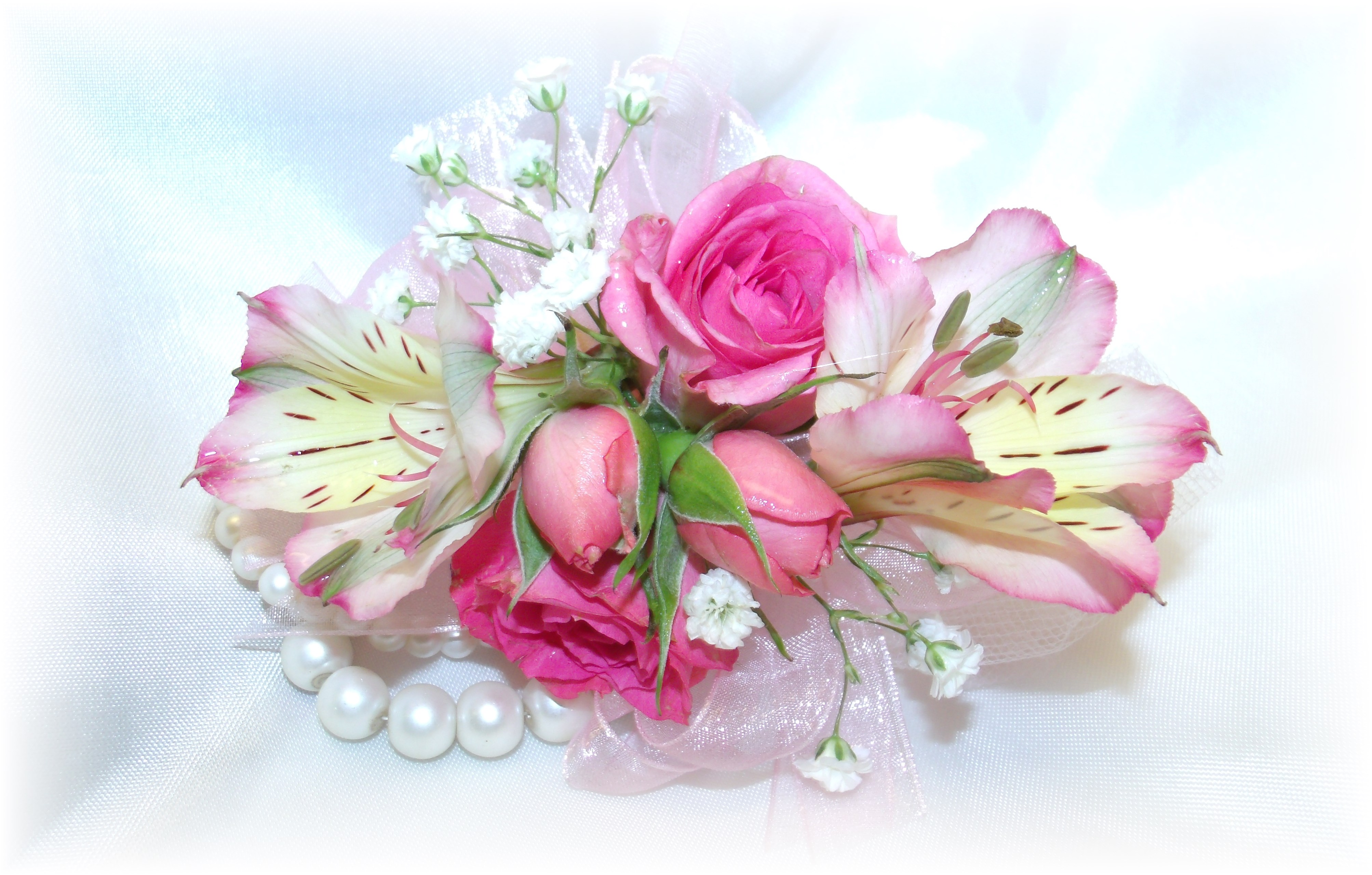 Rose & alstroemeria wristlet corsage