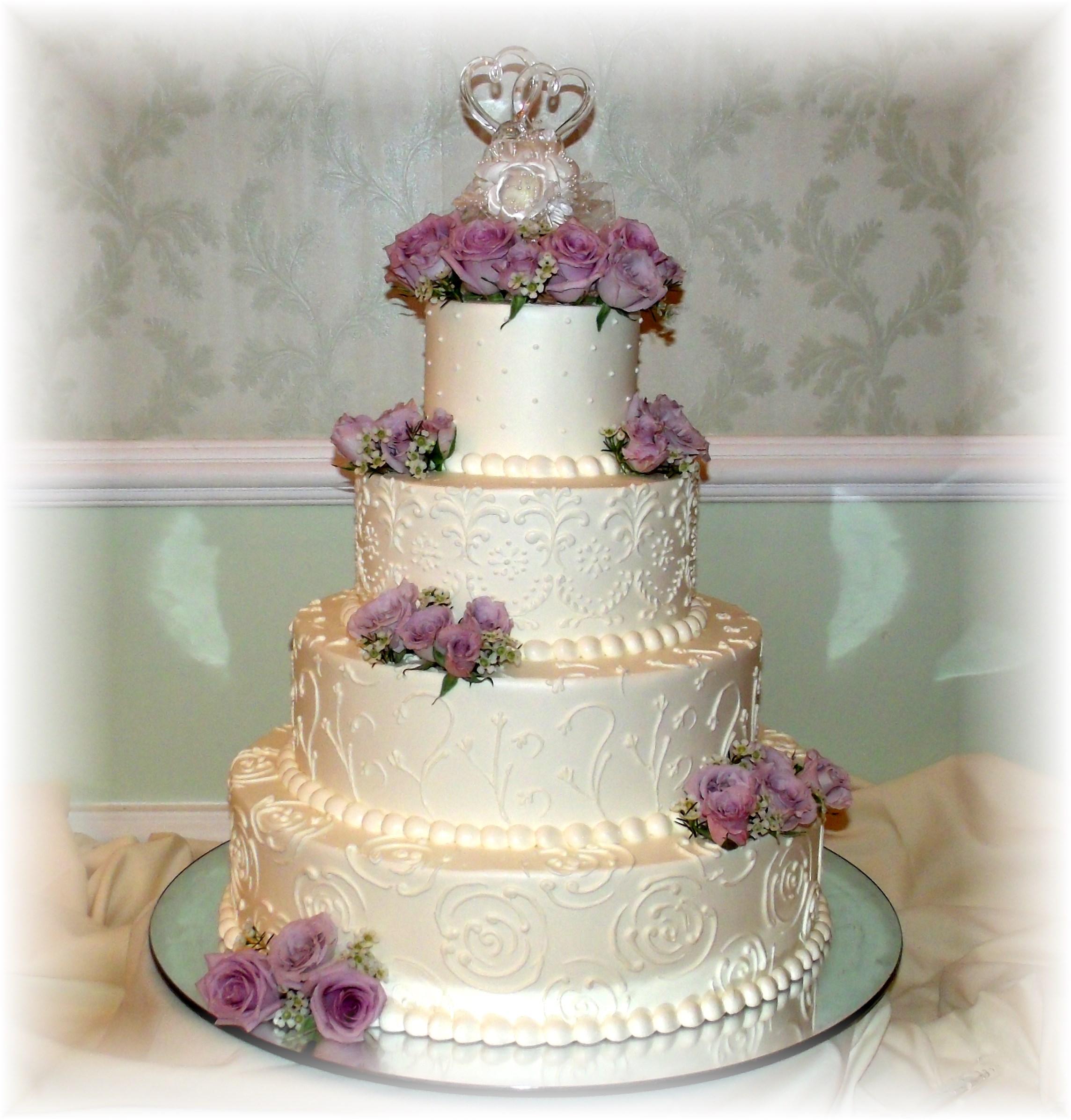 Wedding cake lavender rose