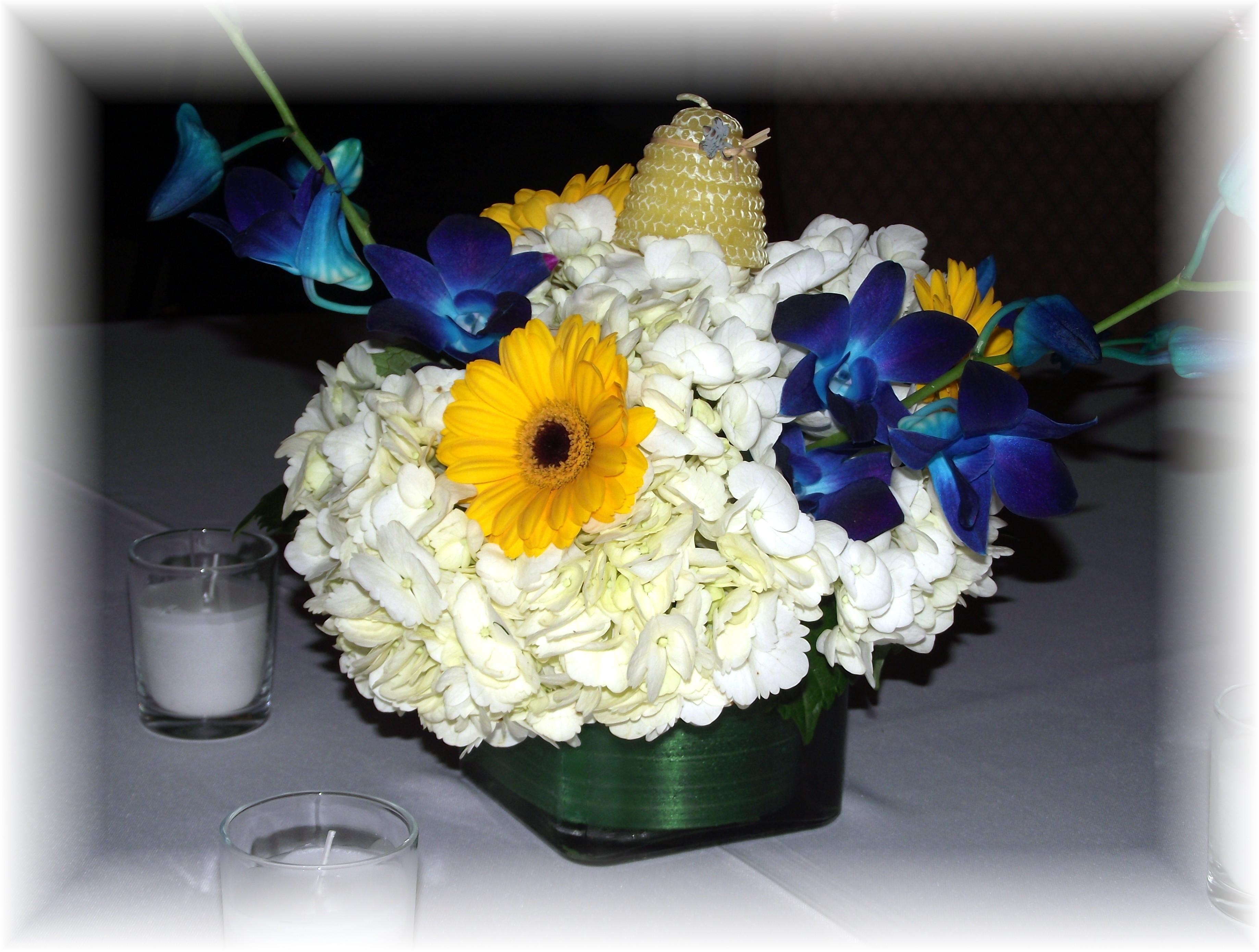 Hydrangea, daisy, orchid centerpiece
