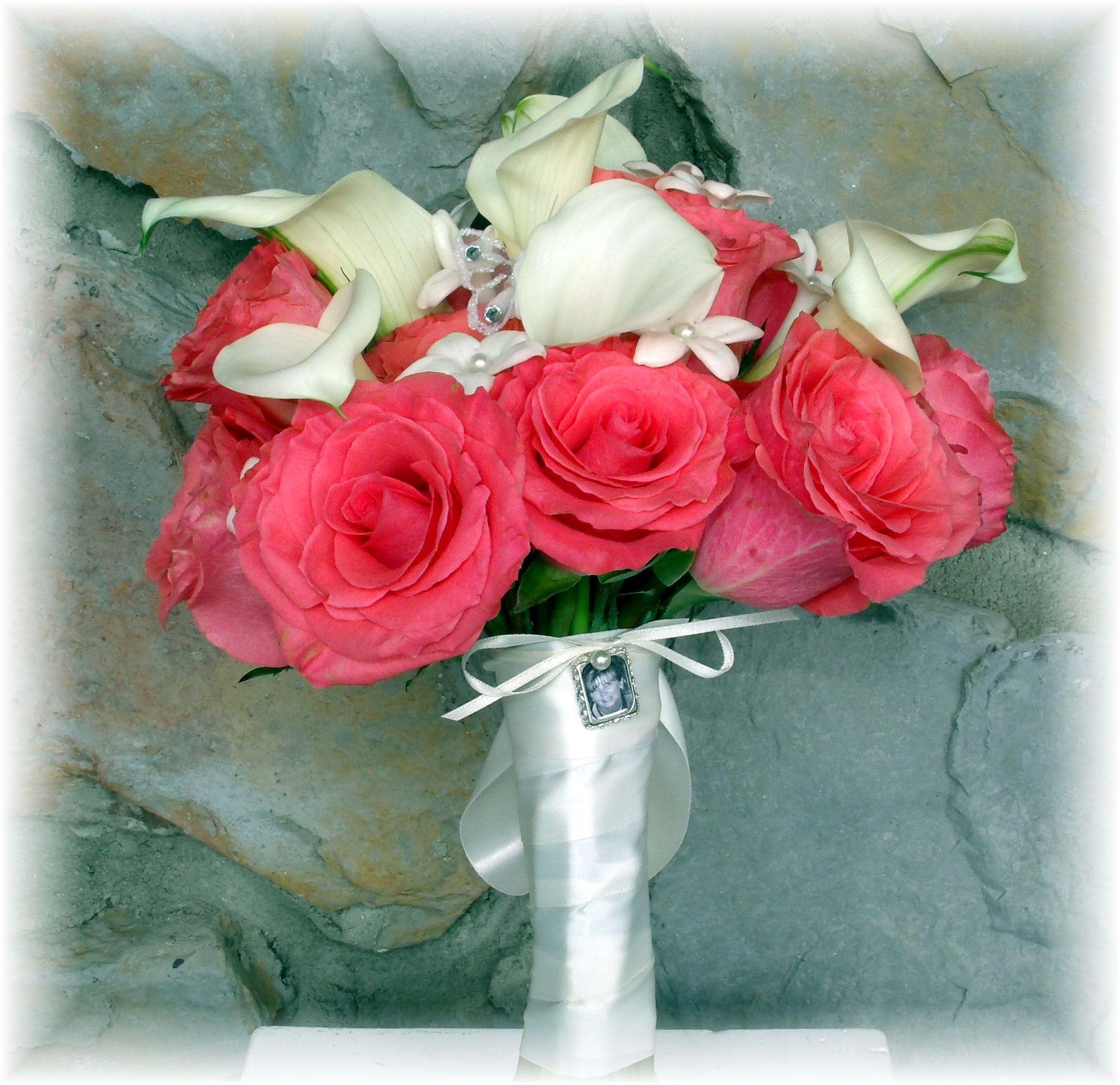 Roses, Calla lilies & Stephanotis