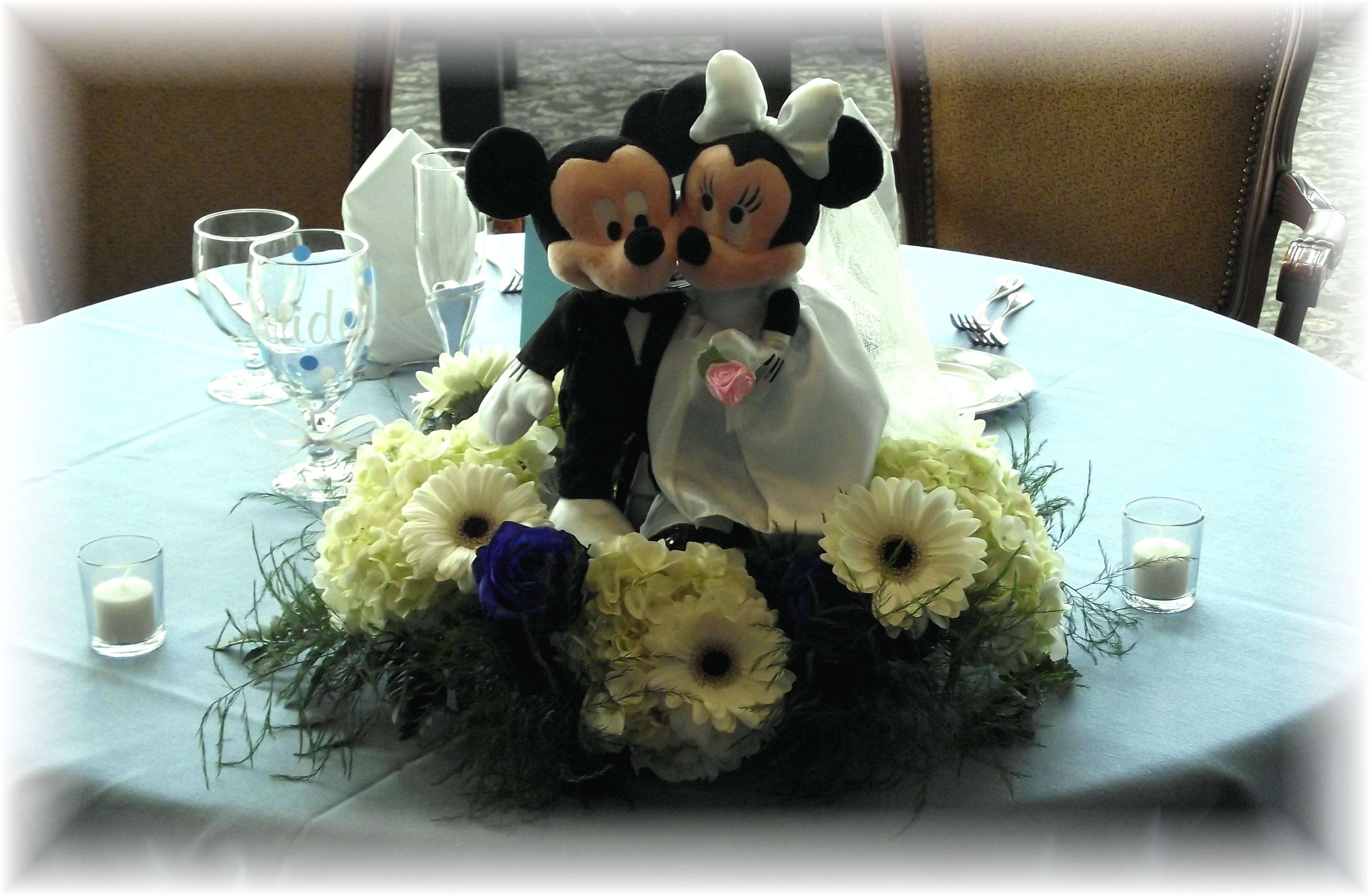 Mickey & Minnie Mouse Centerpiece