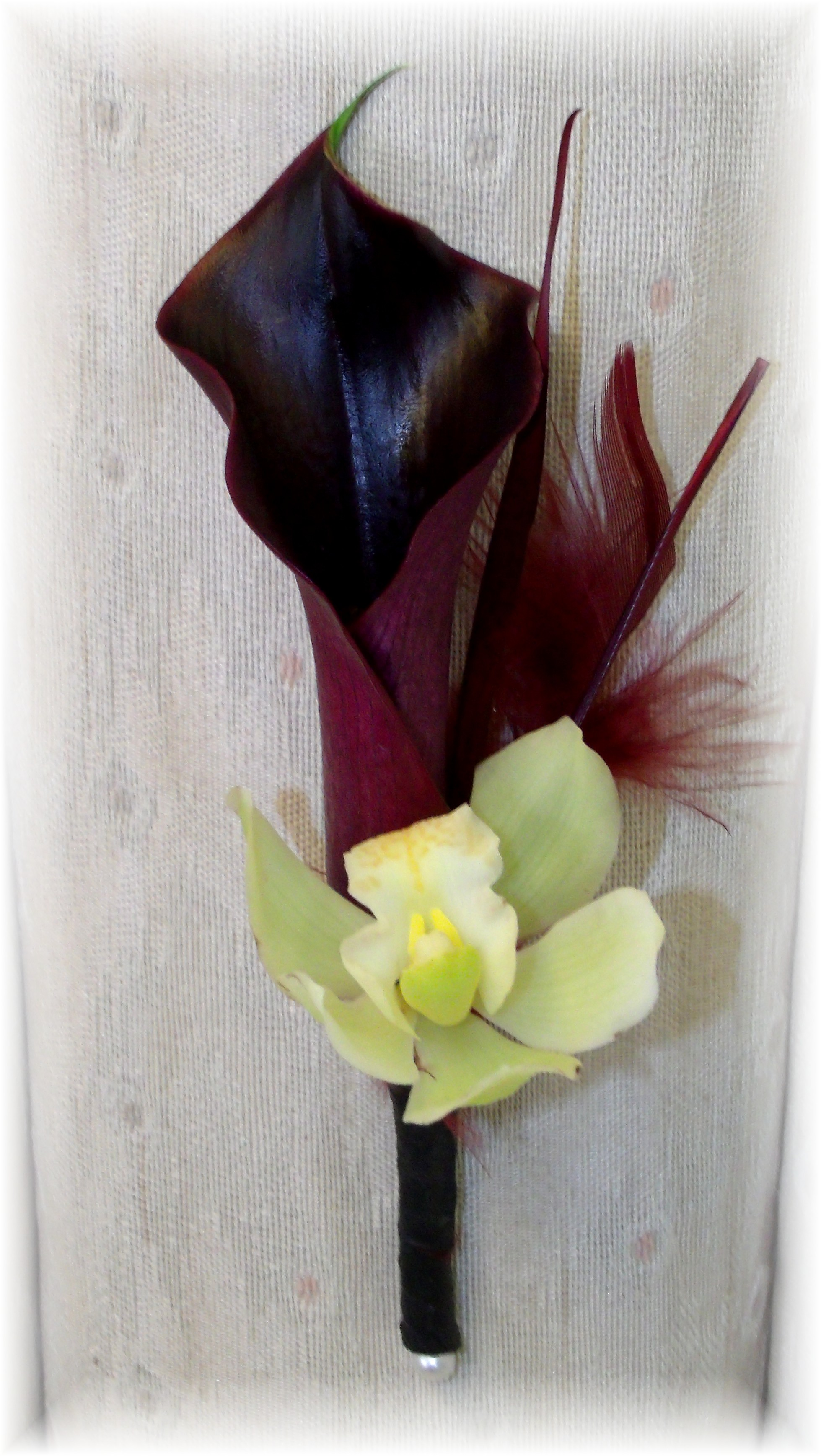 Calla lily & Orchid boutonniere