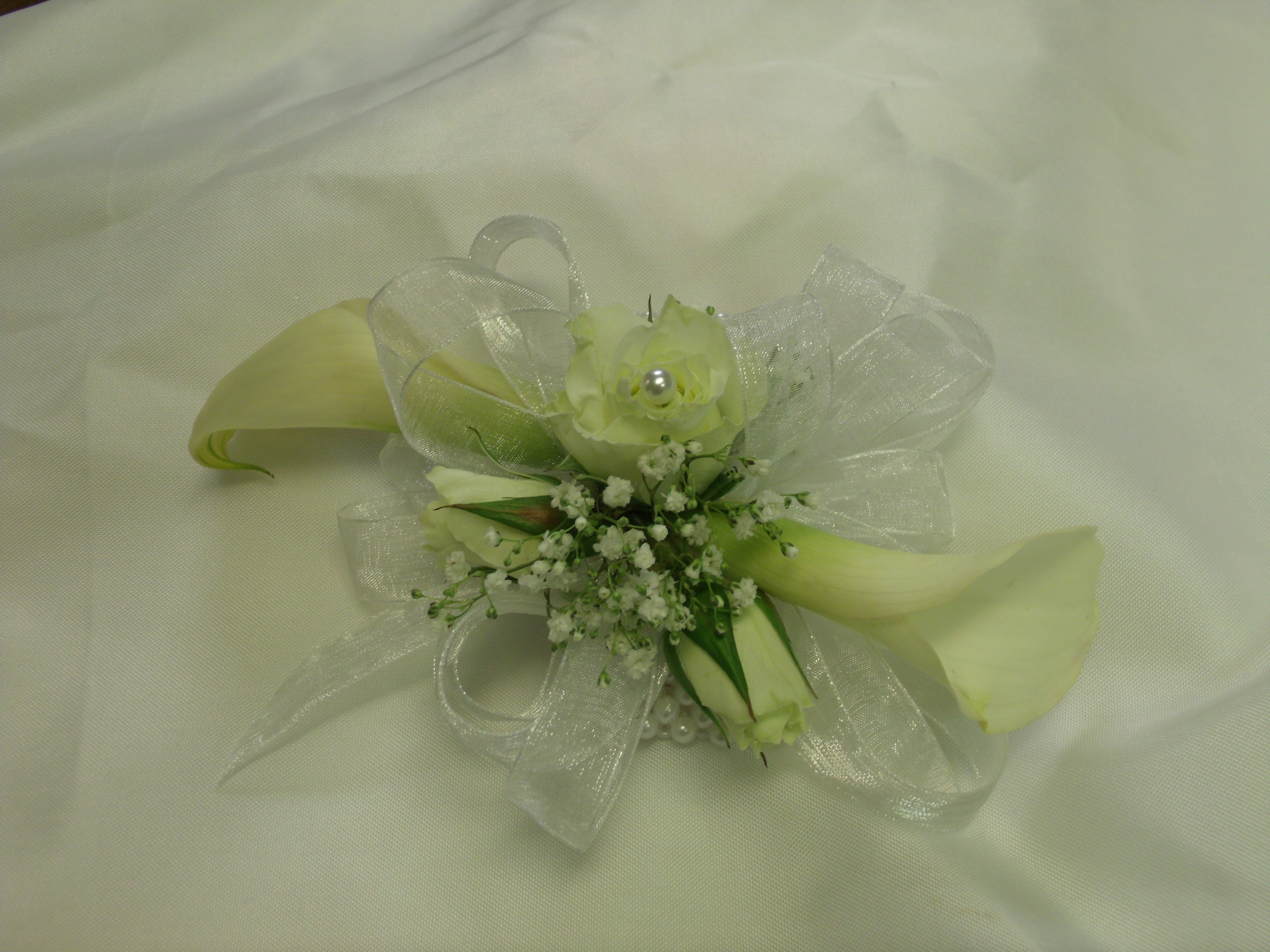 Calla lily and rose wristlet corsage