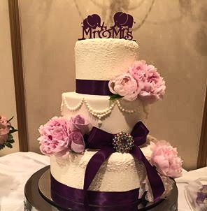 Theirweddingcake.jpg