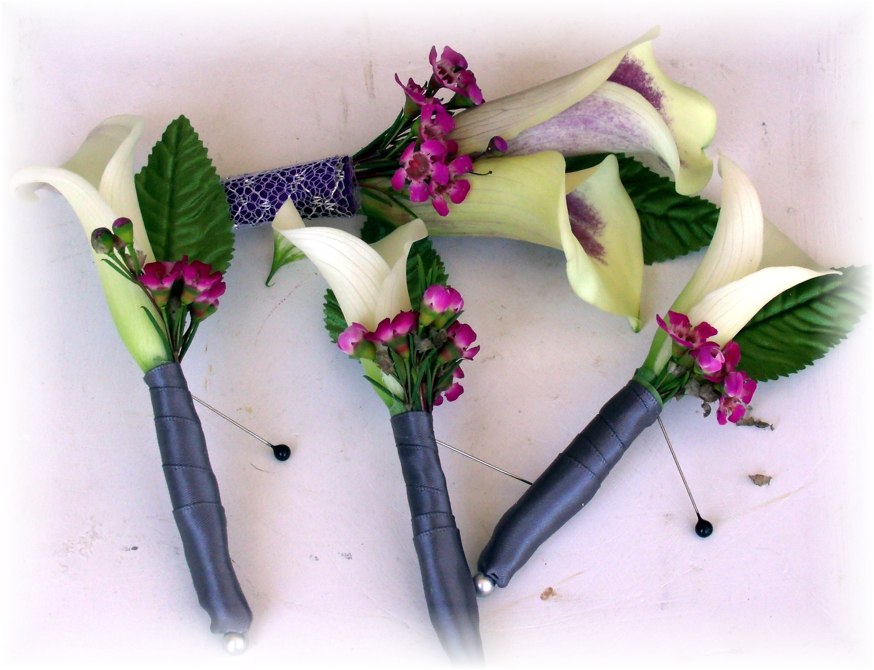 Calla lily boutonnieres