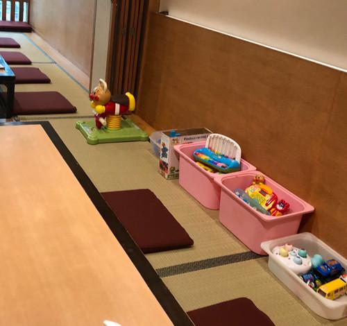 おもちゃのある個室
