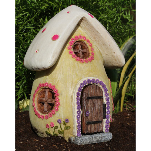 Cozy Cottage fairy house with opening door