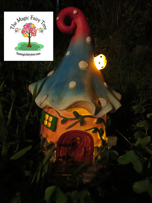Solar Fantasy Fairy Mushroom House