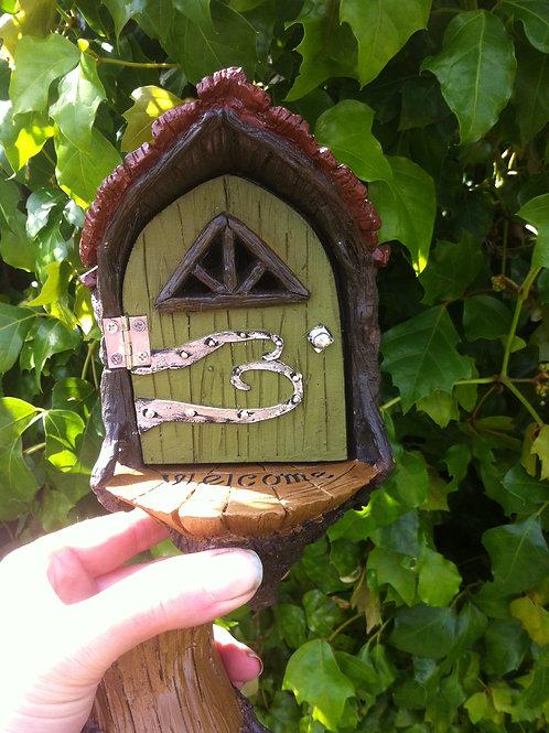 Fiddlehead Fairy Garden Landing Pad Door