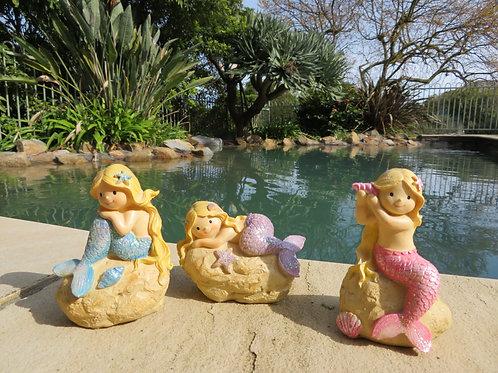 10cm mermaid on a rock