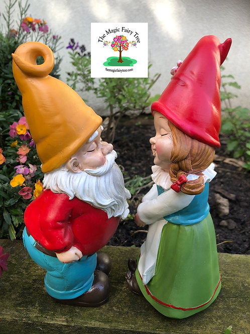 Mr and Mrs Gnome Kissing Figurines