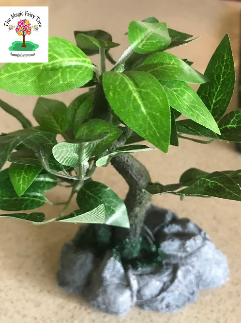 Miniature artificial tree