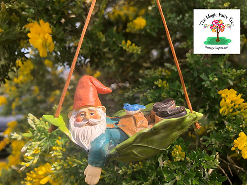 Gnome on a leaf swing