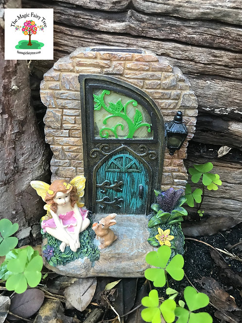 Figurine Fairy Garden Door with solar and squirrel