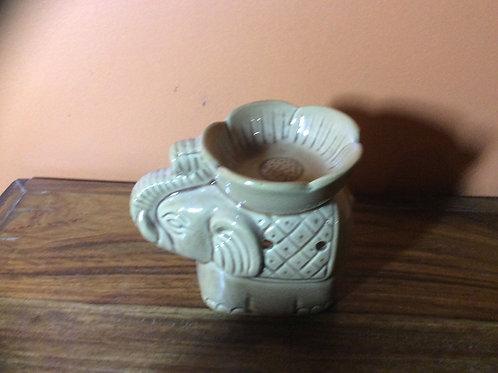 10cm ceramic elephant with blanket oil burner