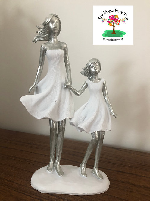25cm Mother and Daughter holding hands Statue Figurine