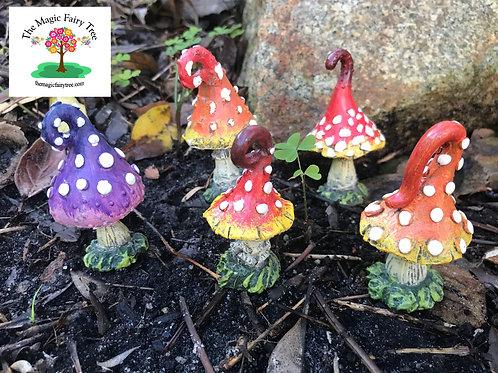 7cm polyresin mushrooms