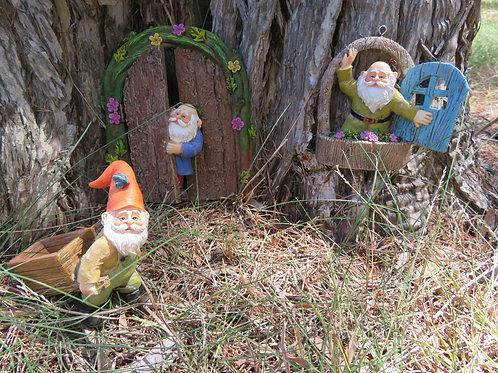 Gnome door, window and figurine set