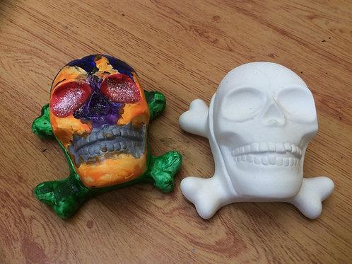 Ceramic ready to paint skull box