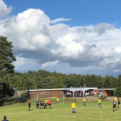 Auetaler Fußballer erreichen das Achtelfinale im Kreispokal.