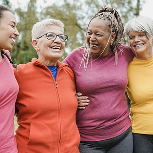 multi-generational-women-hugging-each-other-at-cit-BSSHCGL_edited.jpg