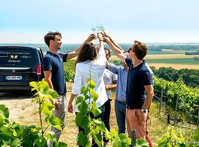 Champagneprovning i Reims kanebo.jpg