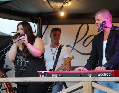 Musikunderhållning på Lasse Majas