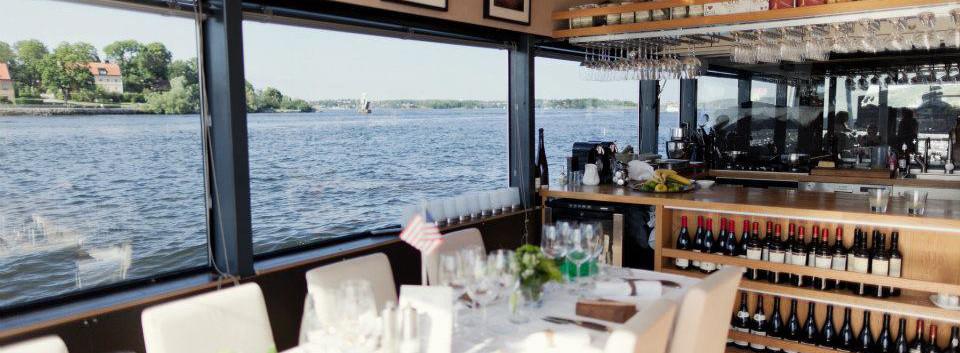 Stockholmsbåten qrooz.jpg