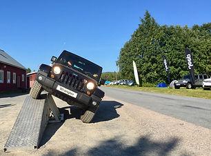 jeep terrängbana.jpg