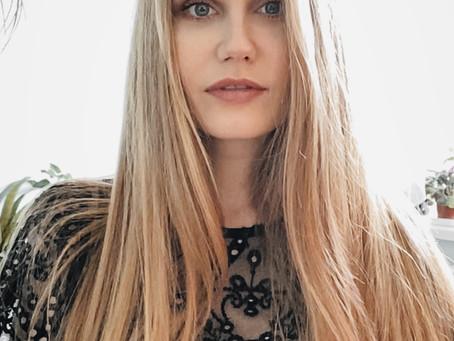 Facetime Shoot with Jenny Va