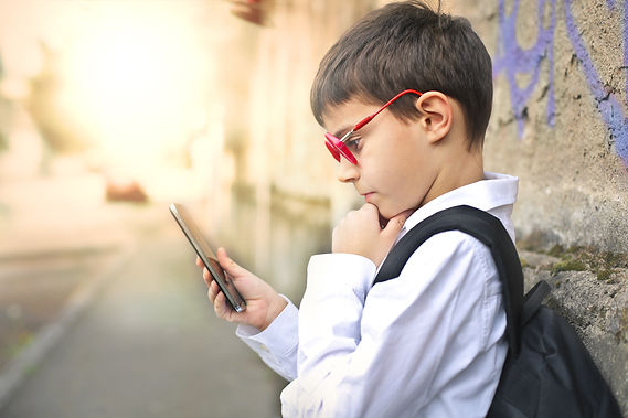 child-with-a-smartphone-Q9D2NYH.jpg