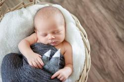 Newborn Pictures-Newborn Pictures-0014