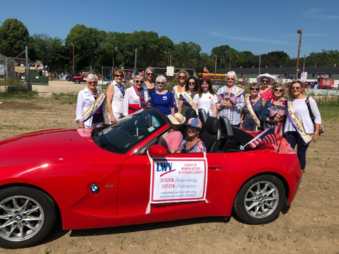 League Marches in Annual 4th of July Parade!