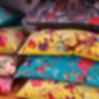coussins velours à motifs
