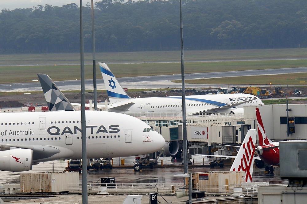 El Al 787 at Melbourne 4/3/20 repatriation flight