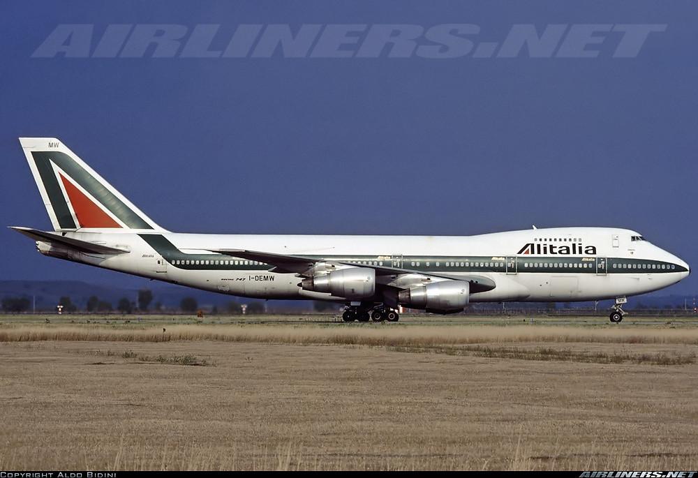 Alitalia 747-200 Tel Aviv Ben Gurion Airport